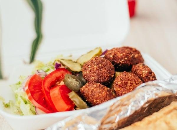 Vegetarian falafel dish and salad_Photo by Pille R. Priske on Unsplash